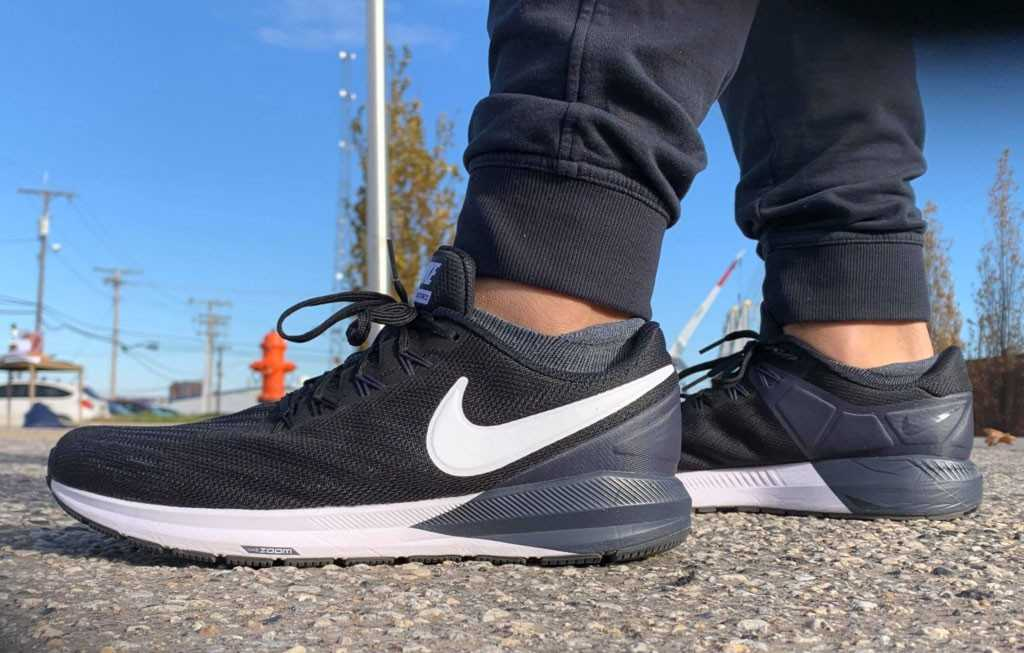 Giày chạy bộ Nike Air Zoom Structure 22