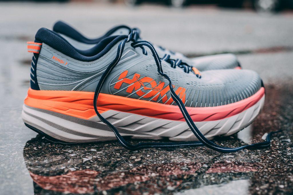 review giày chạy bộ hoka bondi 7