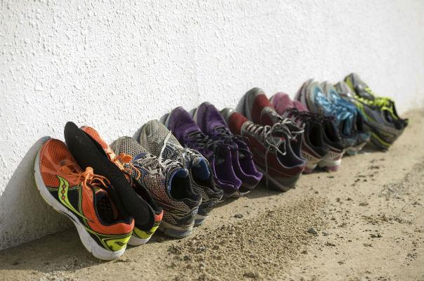 thường xuyên thay đổi giày chạy bộ