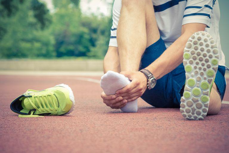 chấn thương bàn chân khi chạy bộ
