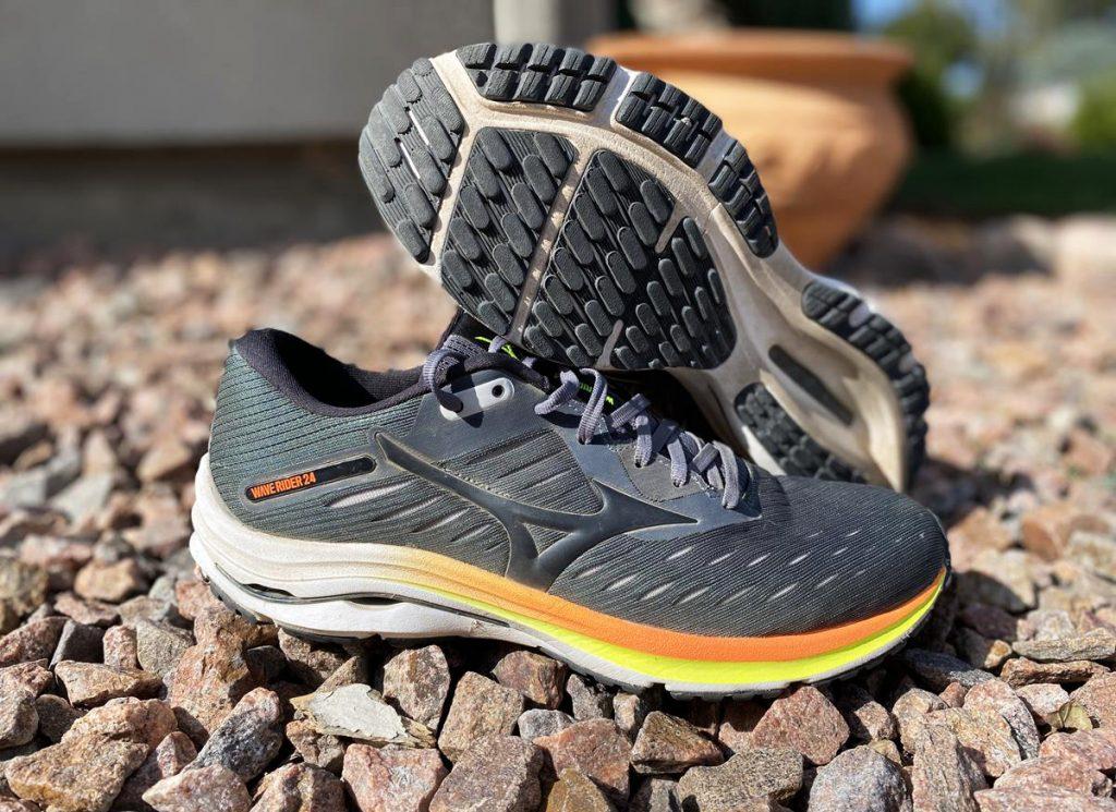Top giày chạy bộ tốt nhất 2021